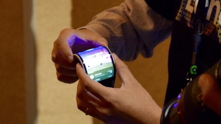 Bendable Smartphone that turns into a Wearable Device