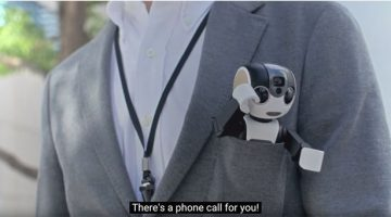 RoBoHon is a Smartphone that Walks & Talks… Seriously.