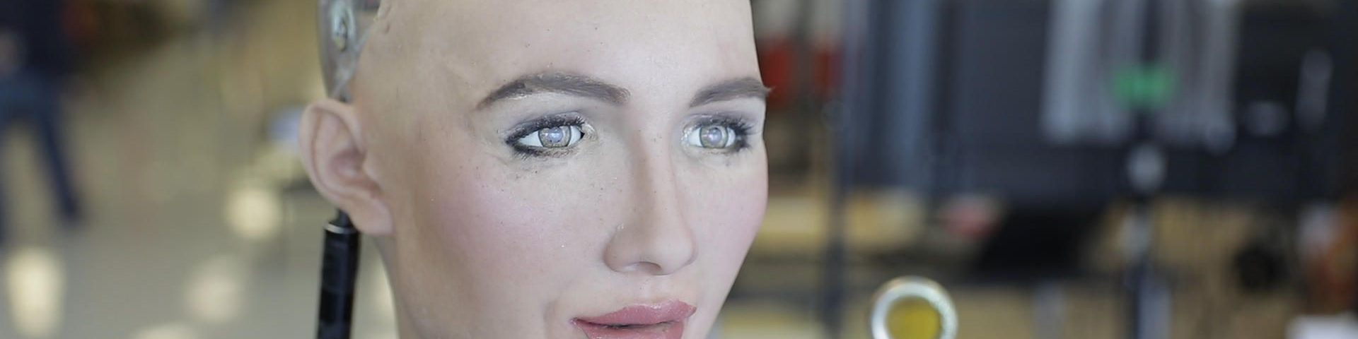 Sophia the Robot Walk for the First Time